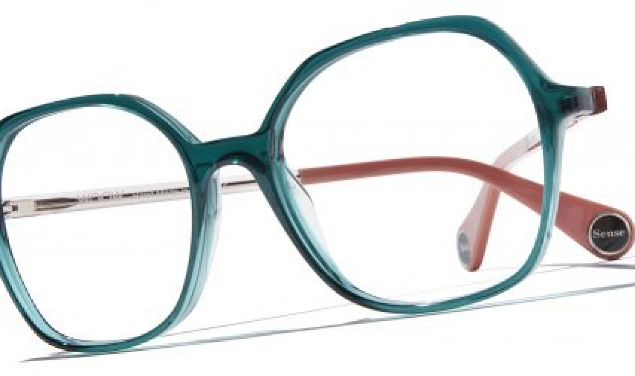 woow-eyewear-glassesCA35E962-8D9D-FBC1-E19D-1F281BEC8AE8.jpg